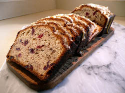 cranberry-praline-quick-bread